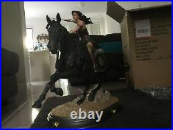 1/6 Scale Wonder Woman on Horse Deluxe Statue By DC Collectibles Free Postage