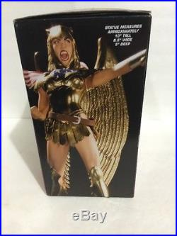 Cover Girls Of The DC Universe Wonder Woman Armored Statue Ltd Ed Of 7000