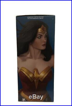 DC Collectibles Designer Series Wonder Woman by Frank Cho Statue Mint Condition