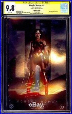 DC Wonder Woman #31 NYCC 2017 Foil Exclusive Signed by Gal Gadot CGC 9.8 SS