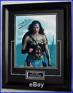Gal Gadot Signed Wonder Woman Guaranteed Authentic + Signing Details Aftal