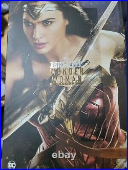 Hot Toys DC Justice League Movie Wonder Woman Collectible Figure MMS451