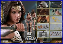 Hot Toys MMS450 Justice League Wonder Woman 1/6 Scale Collectible Figure