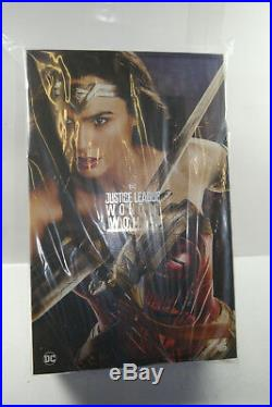 Justice League Wonder Woman Deluxe Version HOT TOYS 16 Neu OVP (KB16)