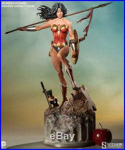 Sideshow Wonder Woman Premium Format Exclusive EX with Change Out Battle Axe