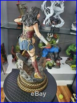 Sideshow Wonder Woman Premium Format Gal Gadot 1/4 Scale Statue Brand New