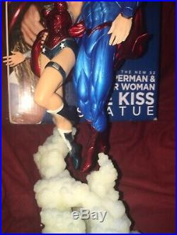 Superman And Wonder Woman The Kiss Full Size Statue DC Comics Jim Lee Justice 14