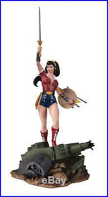 WONDER WOMAN DELUXE BOMBSHELLS STATUE-DC DIRECT COLLECTIBLES Factory sealed