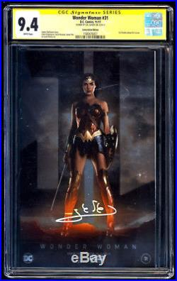 Wonder Woman #31 NYCC Foil SS CGC 9.4 Gal Gadot Signature Series Free Shipping