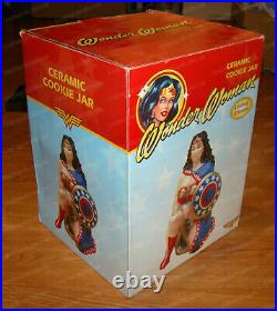 Wonder Woman Cookie Jar by Vandor (75042) Dc Comics, Limited Edition 221 of 2400