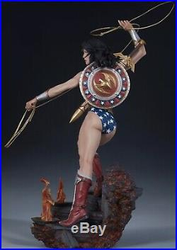 Wonder Woman Premium Format Exclusive by Sideshow Collectibles SEALED MINT