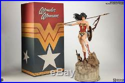 Wonder Woman Premium Format Figure by Sideshow Collectibles